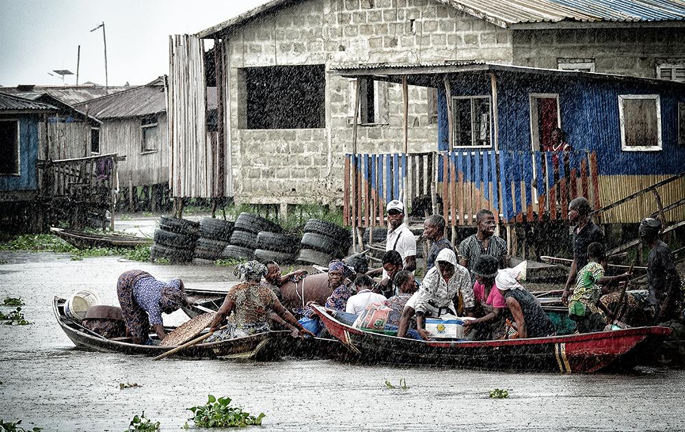 Cuando llueve en el lago